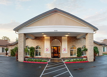 Riverside occupational therapist Arlington Gardens Care Center
