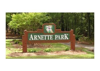 Fayetteville hiking trail Arnette Park Trail