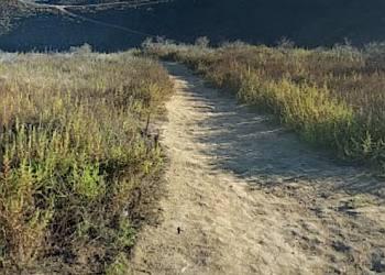 Oxnard hiking trail Arroyo Verde Park