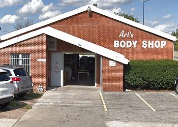 Aurora auto body shop Art's Body Shop Inc.