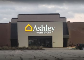 St Louis furniture store Ashley HomeStore