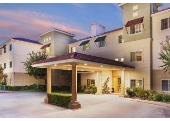 Santa Clarita assisted living facility Atria Santa Clarita