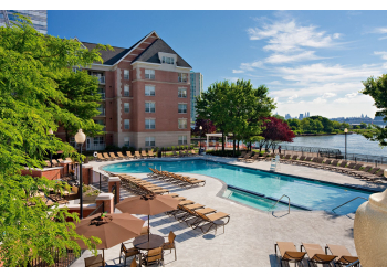 Jersey City apartments for rent Avalon Cove