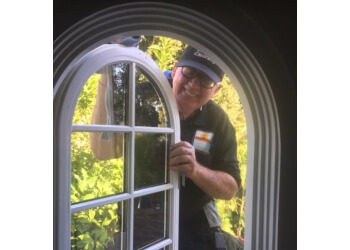 Sacramento window cleaner Awesome Window Cleaning
