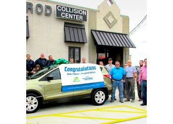 Cleveland auto body shop Axelrod Collision Center