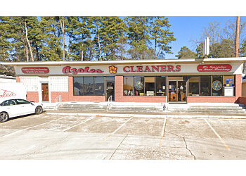 Shreveport dry cleaner Azalea Cleaners