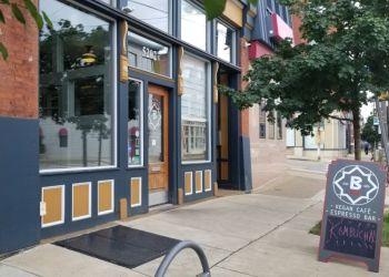 Pittsburgh vegetarian restaurant B52 CAFE