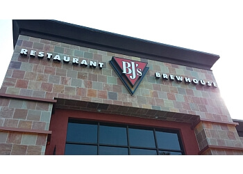 Tallahassee american cuisine BJ's Restaurant & Brewhouse
