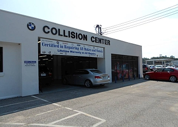 Mobile auto body shop BMW of Mobile Collision Center