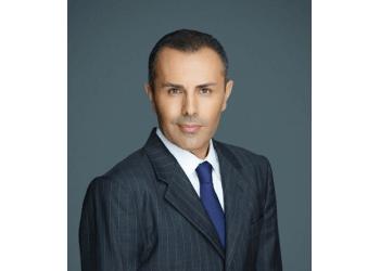 Santa Ana divorce lawyer B. Robert Farzad - FARZAD FAMILY LAW, APC