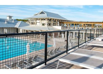 Tallahassee fencing contractor B&T Fencing