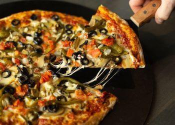 Cape Coral sports bar BackStreets Sports Bar