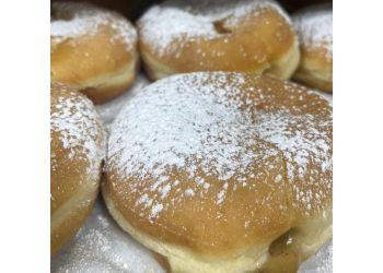 Lansing bakery Bake N' Cakes