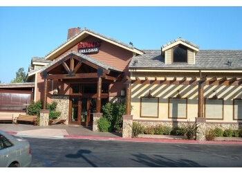 Thousand Oaks barbecue restaurant Bandits Grill and Bar