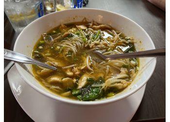 Glendale thai restaurant Bangkok Thai