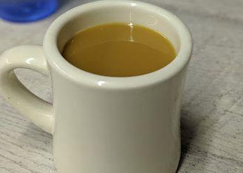 Topeka cafe Banjo's Cafe