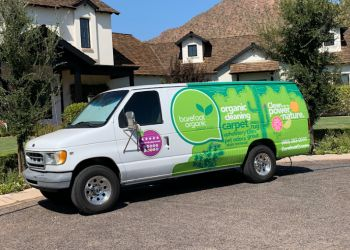 Tempe carpet cleaner Barefoot Organic Carpet Care