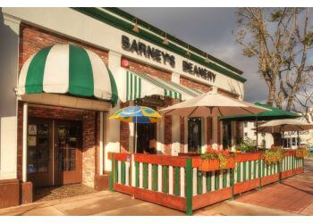 Los Angeles sports bar Barney's Beanery