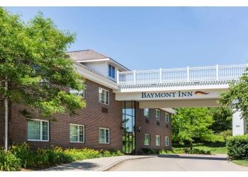 Des Moines hotel Baymont Inn & Suites