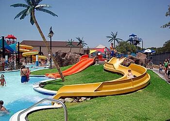 Irving amusement park Bedford Splash Aquatic Center