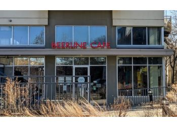 Milwaukee vegetarian restaurant Beerline Cafe