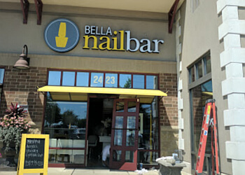 Dayton nail salon Bella Nail Bar