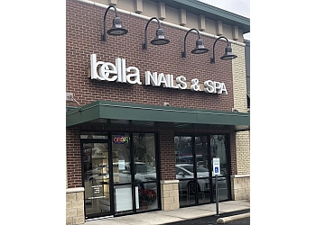 Louisville nail salon Bella Nails & Spa