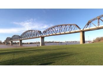 Louisville landmark Big Four Bridge