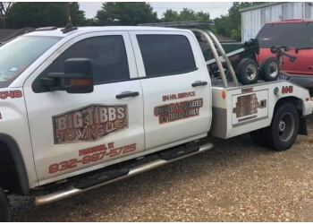 Pasadena towing company Big Tibbs Towing LLC