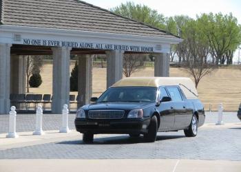 Wichita funeral home Biglow Funeral Directors