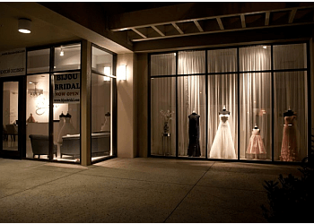 Honolulu bridal shop Bijou Bridal & Special Occasion