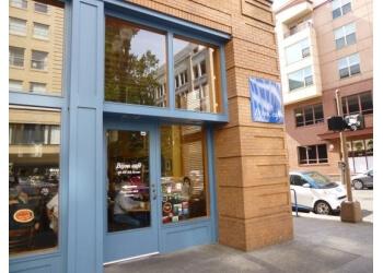 Portland cafe Bijou Cafe