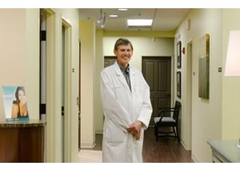 Augusta plastic surgeon Billy P. Lynn, MD - SAVANNAH RIVER PLASTIC SURGERY