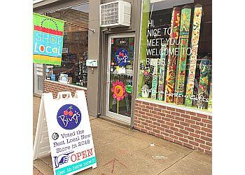 Des Moines gift shop Bing's