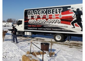 Lincoln moving company Black Belt Movers