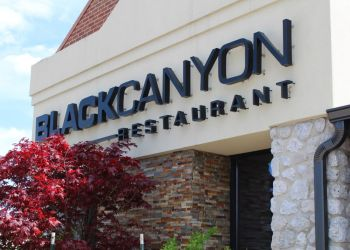 Fort Wayne american cuisine Black Canyon Restaurant