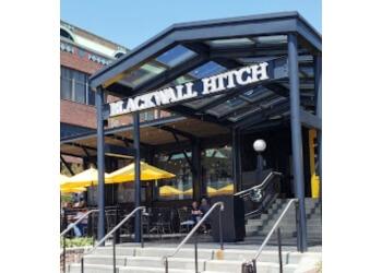 Alexandria american restaurant Blackwall Hitch