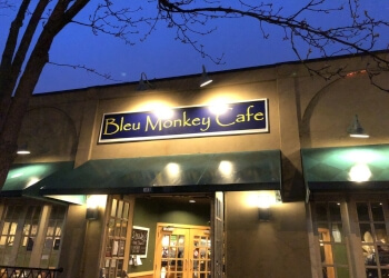 Syracuse sushi Bleu Monkey Cafe