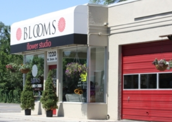 Boise City florist Blooms Flower Studio