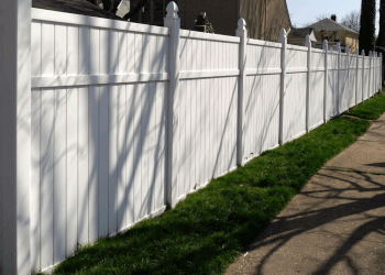Yonkers fencing contractor Blue Fence & Gate Operator