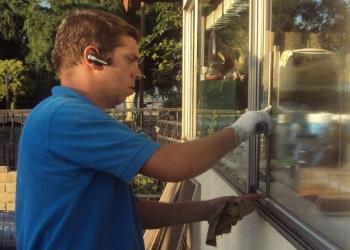 Riverside window cleaner Blue Sky Window Cleaning