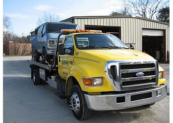 Greensboro towing company Bobby's Friendly Towing & Recovery