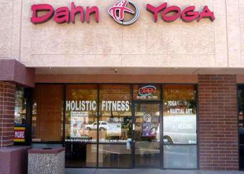 Glendale yoga studio Body & Brain Yoga Tai Chi