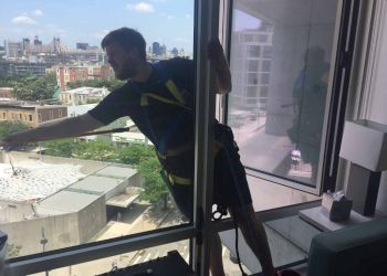 Jersey City window cleaner Bohemia Window Cleaning