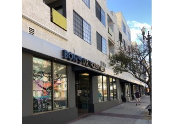 Long Beach dry cleaner Bon's Dry Cleaners