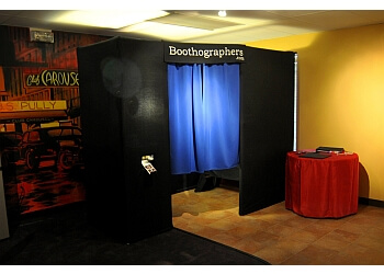Cleveland photo booth company Boothographers