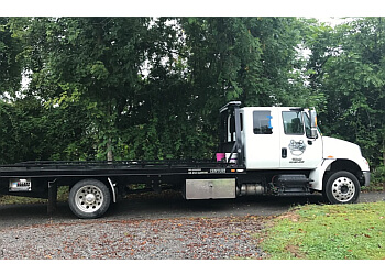 Clarksville towing company Bo's Towing