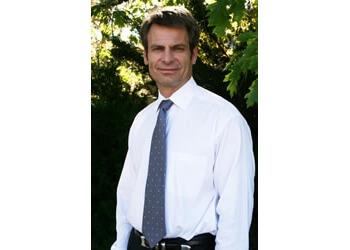 Thornton physical therapist Brad Schoonveld, MPT, MTC