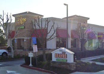 Moreno Valley american restaurant Bravos California Fresh