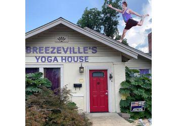 Montgomery yoga studio Breezeville YOGA